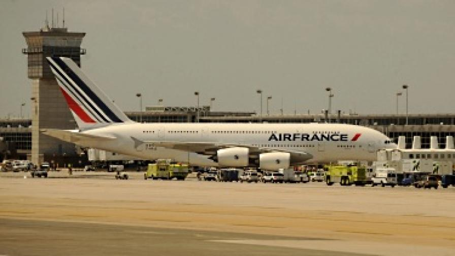 """""""Ер Франс"""" отмени 200 полета заради стачка"""