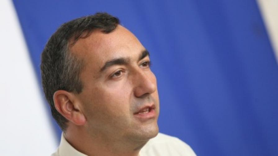 Бисер Троянов