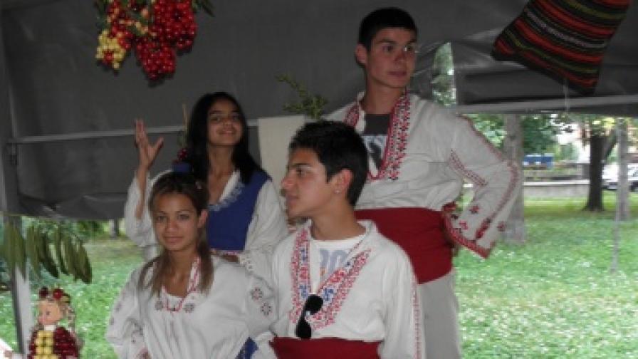 Познава ли българинът своя род?