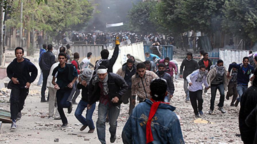 Жертвите в Кайро вече са над 20