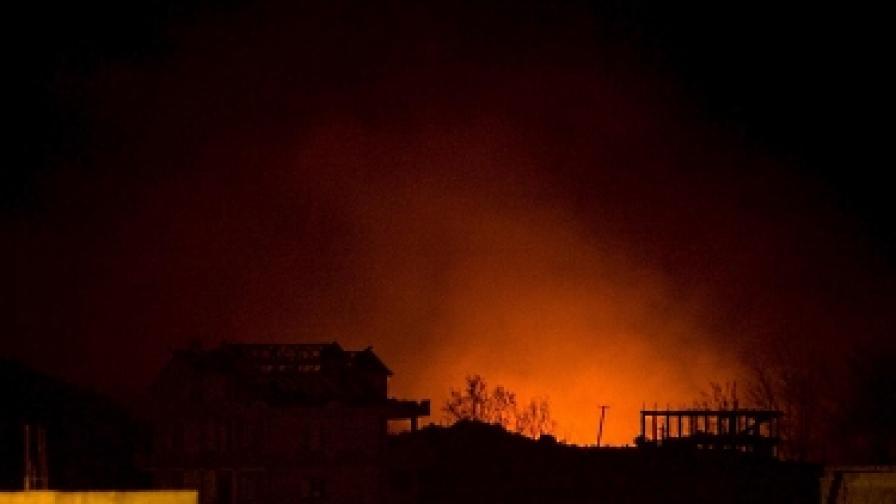 Голям пожар избухна в Тирана