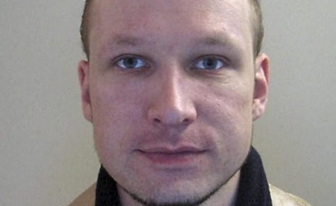 Норвежкият атентатор не е съгласен с психиатрите си