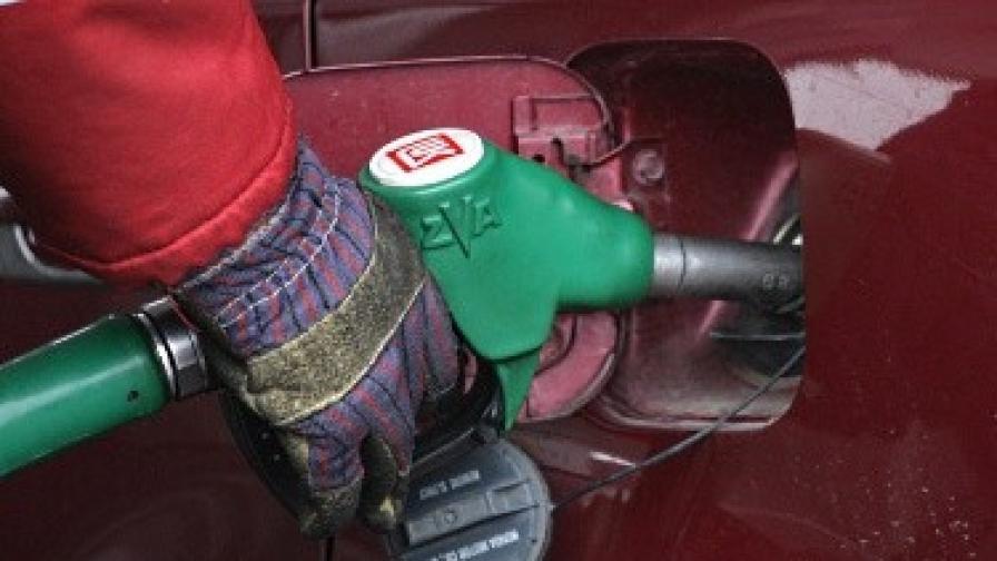 Глоба и закриване заплашва 2/3 от бензиностанциите