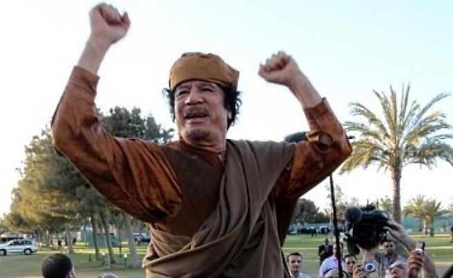Либийци и чужденци търсят съкровището на Кадафи