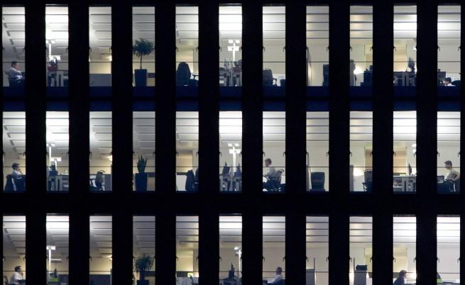 Всяка трета фирма мисли за съкращения през 2012 г.