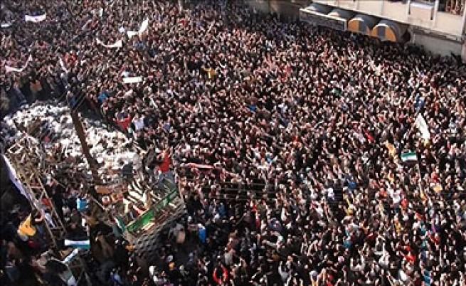 Отново убити демонстранти, въпреки наблюдателите в Сирия