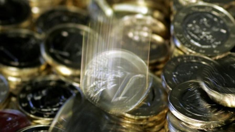 """Стандард енд Пуърс"" понижи рейтинга на европейския спасителен фонд"