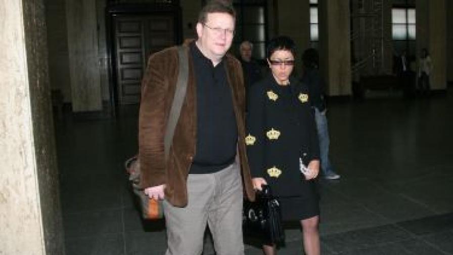 Явор Дачков и Кристина Патрашкова в Софийския градски съд на заседанието по делото срещу бившата говорителка на ДАНС Зоя Димитрова на 11 октомври 2011 г.
