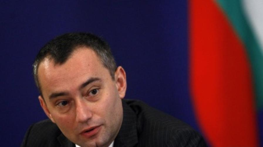 Министърът на външните работи Николай Младенов