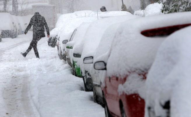 Снежен хаос на целите Балкани
