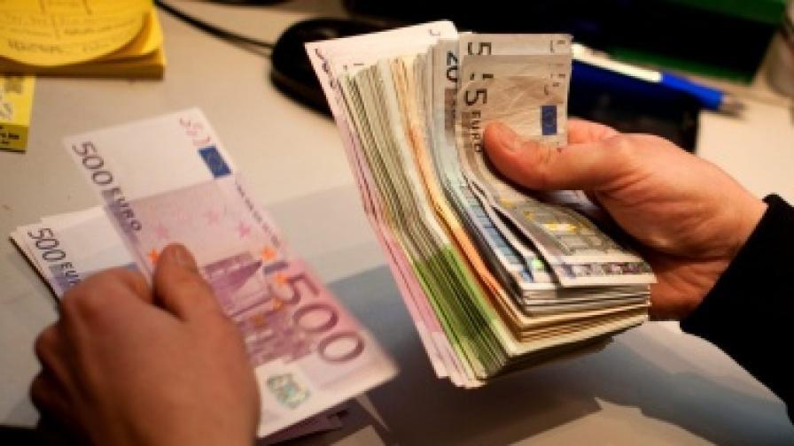 ЕЦБ: Кредитирането в еврозоната се сви рязко