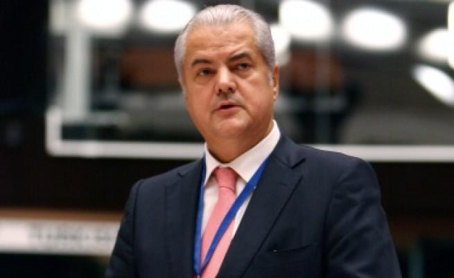 Бившият румънски премиер Нъстасе осъден за корупция