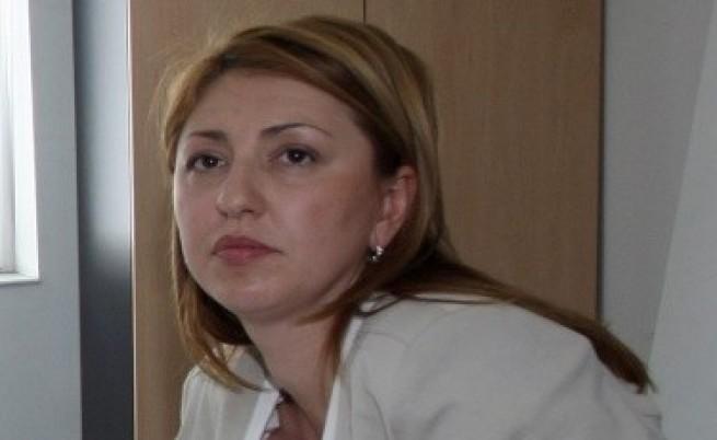 Янева съветвала Цветанов как да отчита, че подслушва по-малко