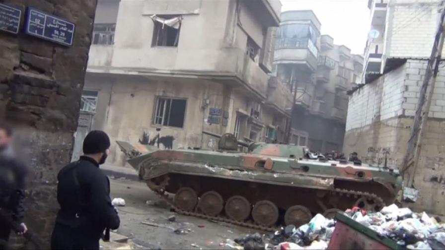 Атаки срещу сирийски посолства след касапница в Хомс