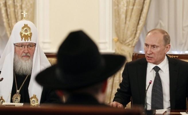 Путин: Сирийците сами да решат съдбата си