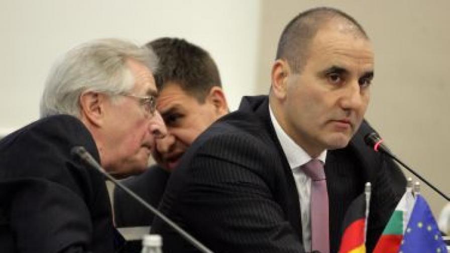 Цветанов: Подавам ръка на съда