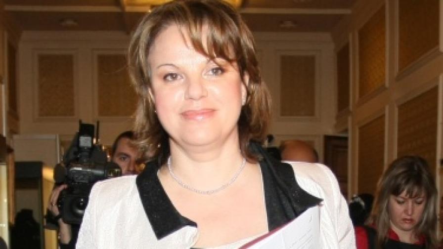 Нели Нешева подаде оставка като управител на НЗОК