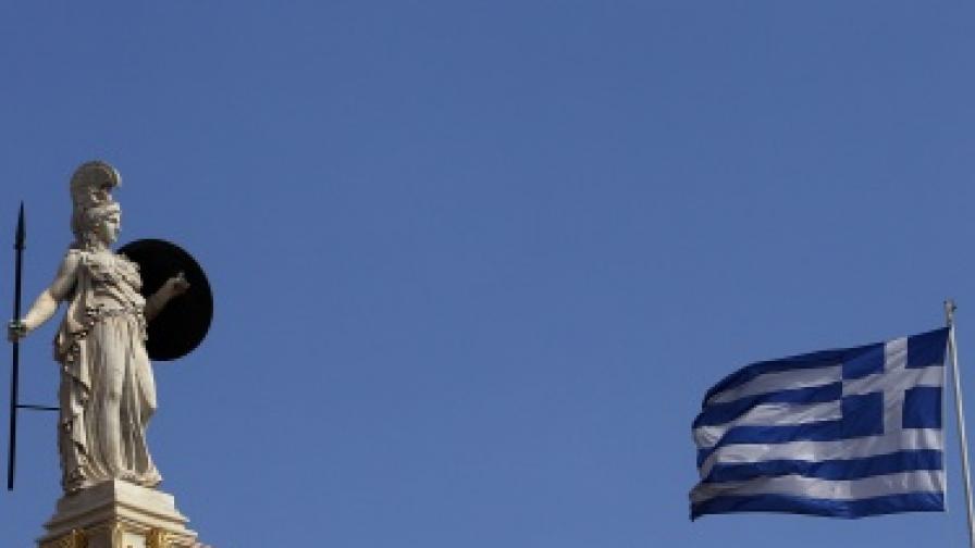 Гърция: Историческа сделка за дълга