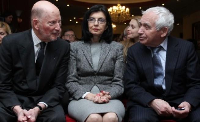 Кунева: Получавам малко бой и уважение от ГЕРБ