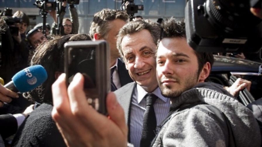 """Саркози нарече френски журналист """"тъпак"""""""