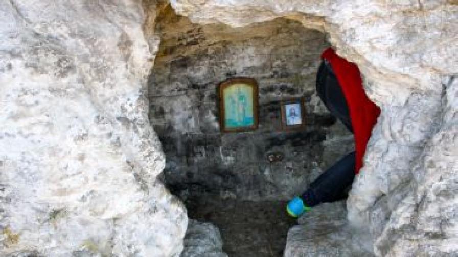 Най-старият манастир в Европа - край Чирпан