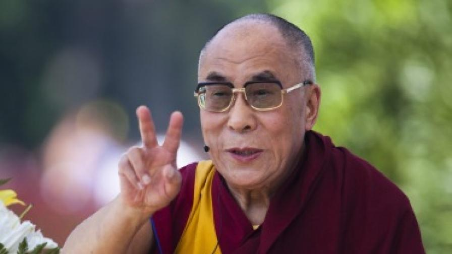 """Далай лама удостоен с награда """"Темпълтън"""""""