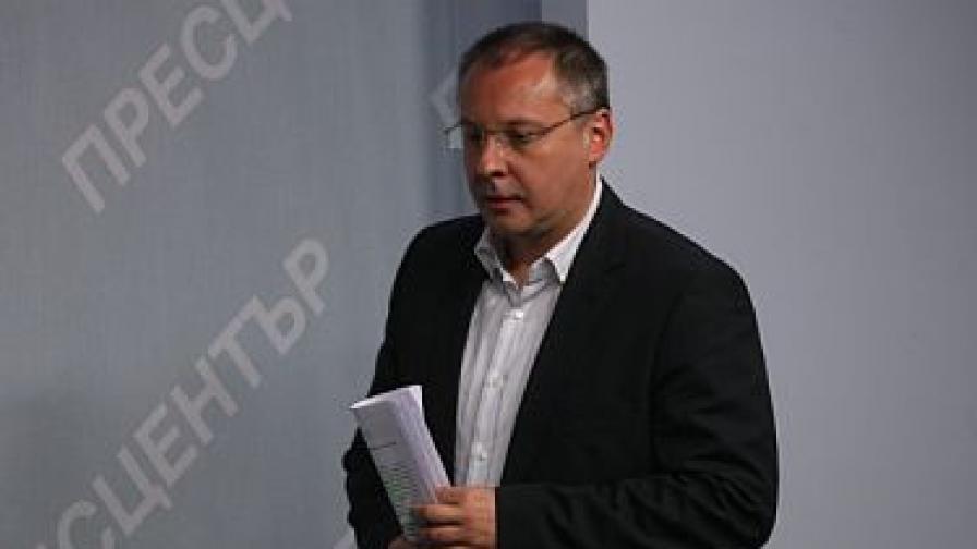 Сергей Станишев: Предизборно се подкупват възрастните