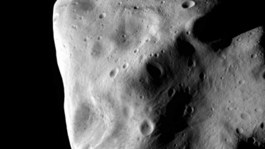 Милиардери търсят полезни изкопаеми в Космоса