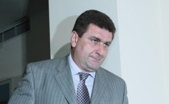 Валентин Златев: Бензинът може да поевтинее с 9-10 ст.