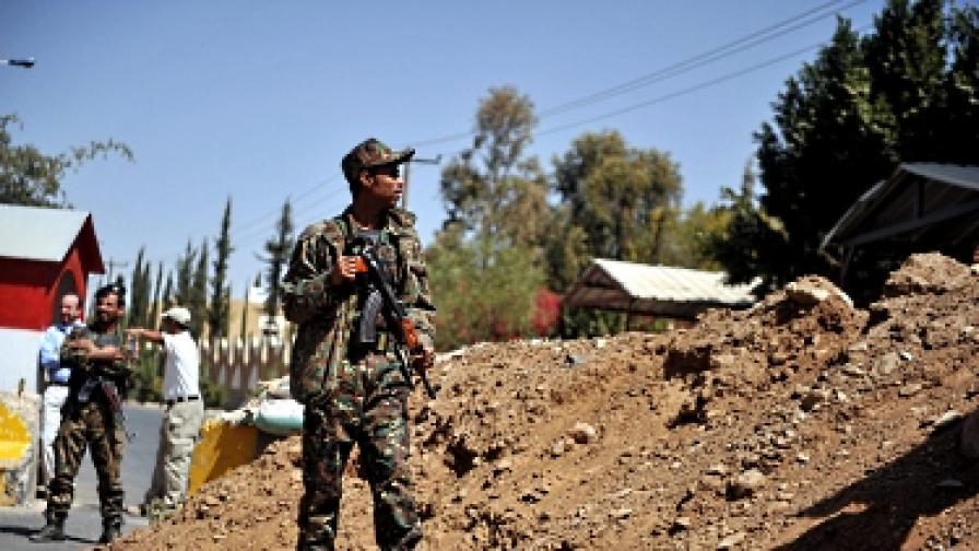 Самоубийствен атентат в Йемен взе 96 жертви