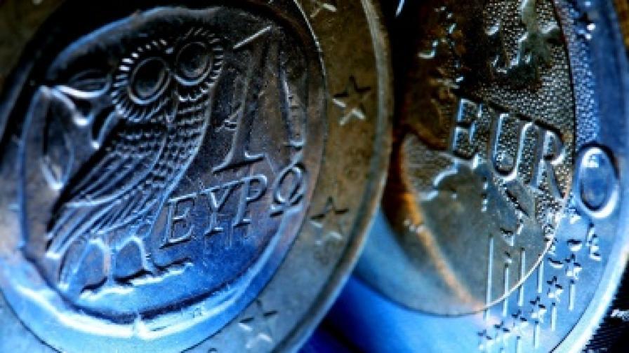 Гърци вече се отказват от еврото