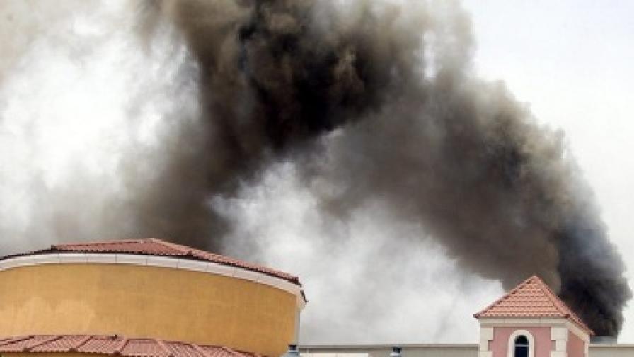 19 души загинаха при пожар в мол в Катар