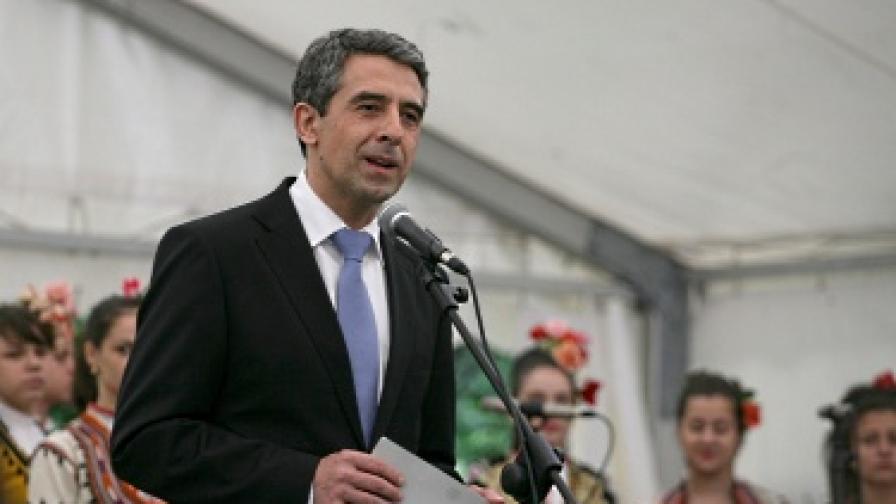 Плевнелиев: Българите почват работа най-късно