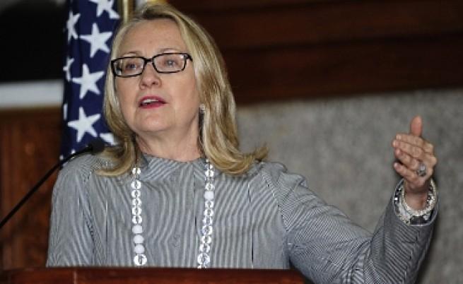 Клинтън: Позицията на Москва заплашва да допринесе за гражданската война в Сирия