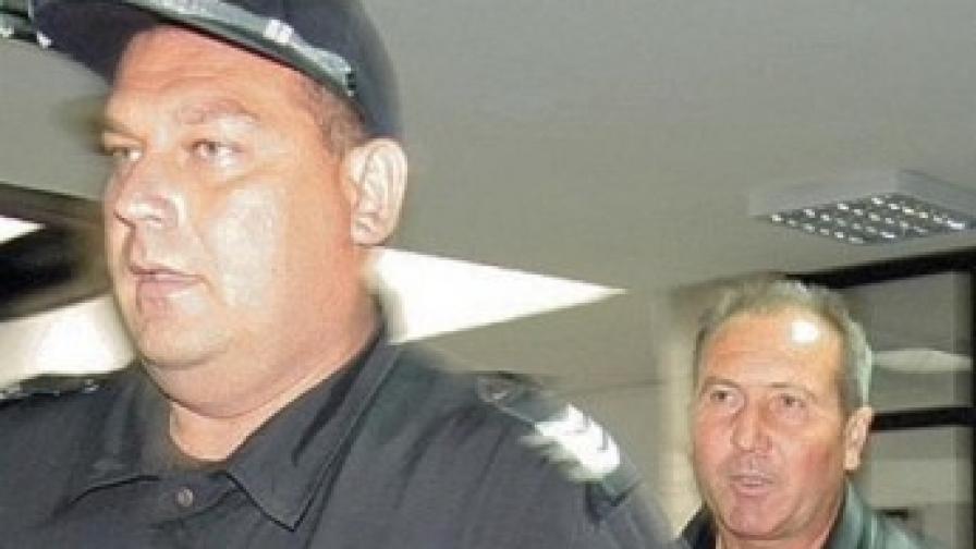 Брат на бивш депутат от БСП остава в ареста