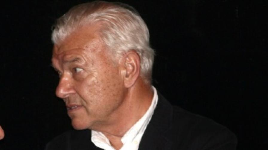 И Петър Манджуков стана архонт