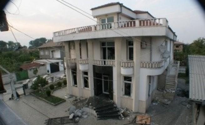 Този месец събарят незаконните имоти на Рашкови