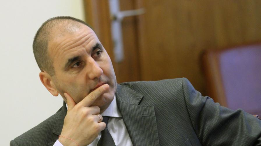 """Варненският бизнесмен Борислав Манджуков арестуван в операция """"Цигараджии"""""""