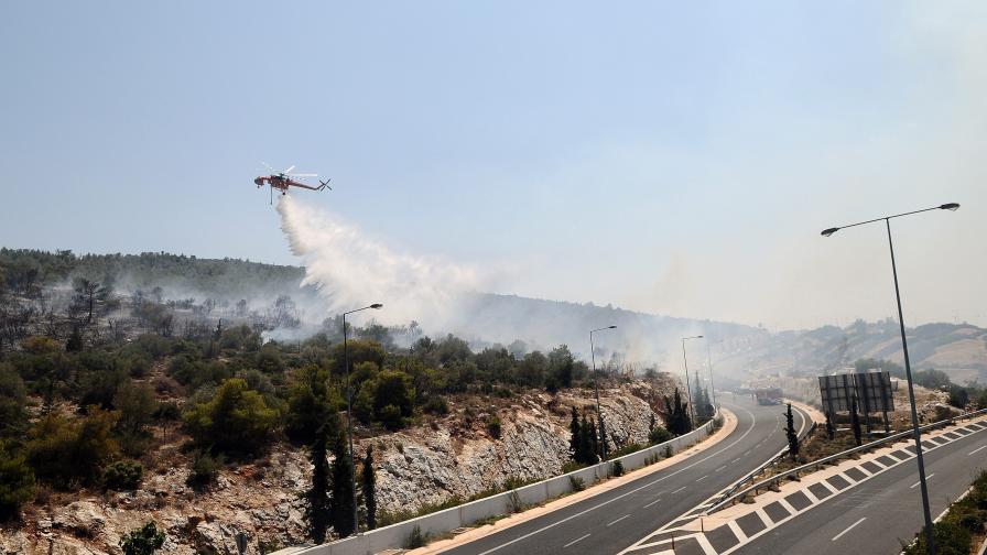 Огнен ад на целите Балкани, 52 градуса в Анталия