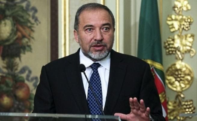 Либерман: Иран и Хизбула стоят зад атентата в Бургас
