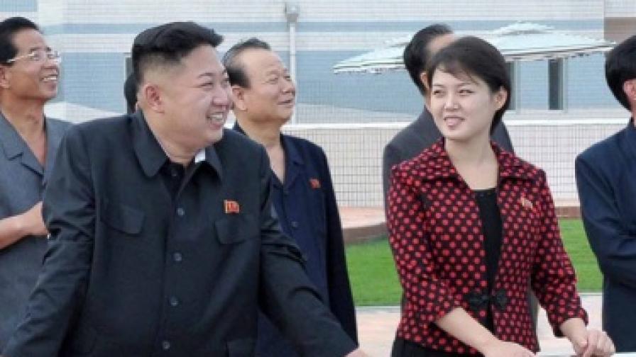 Билборд: Сватосваме всеки, даже и Ким Чен-ун