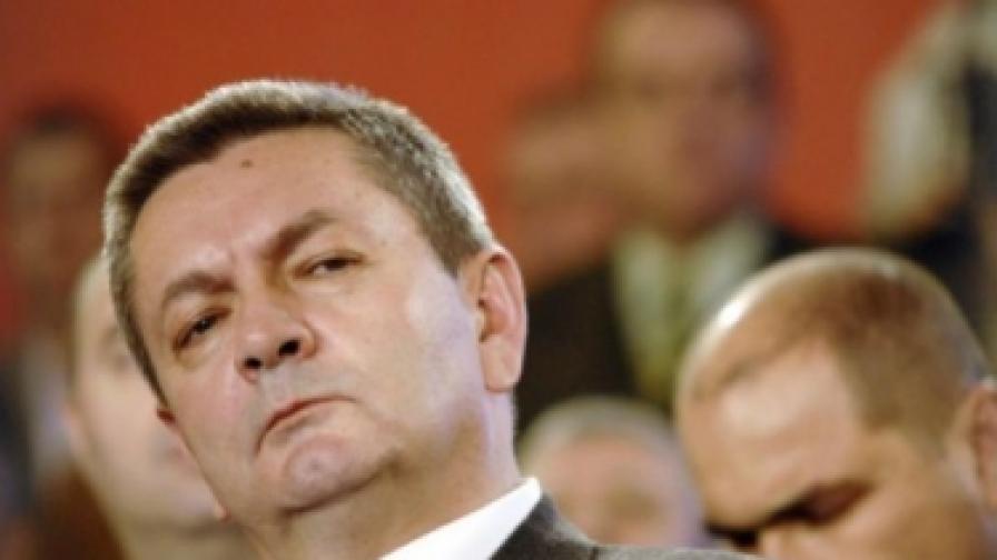 """Румънски министър реши да """"запази честта си"""""""