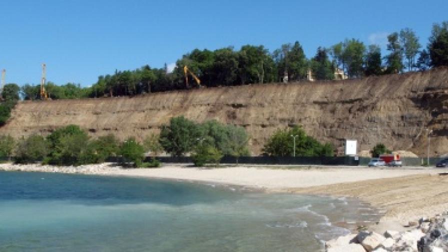 Плаж в Морската градина във Варна
