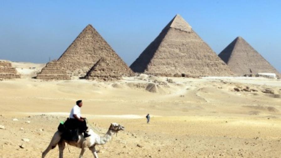 """Американка откри неизследвани пирамиди в Египет с """"Гугъл Ърт"""""""