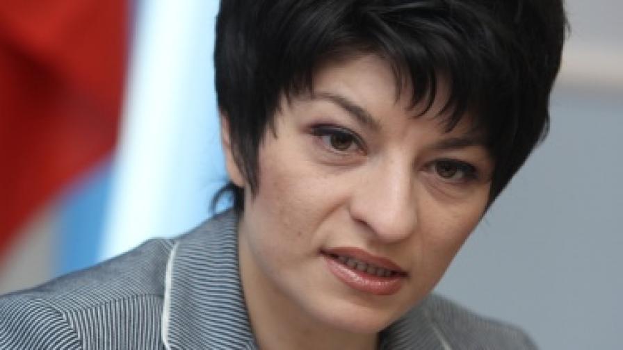Здравният министър ще продължи да настоява за по-нисък ДДС за лекарствата