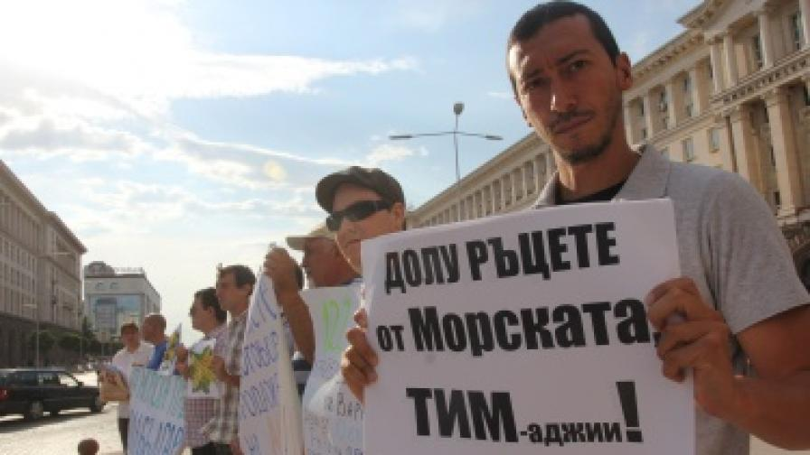 Павлова: Кметът на Варна да издаде пълна строителна забрана за Морската градина
