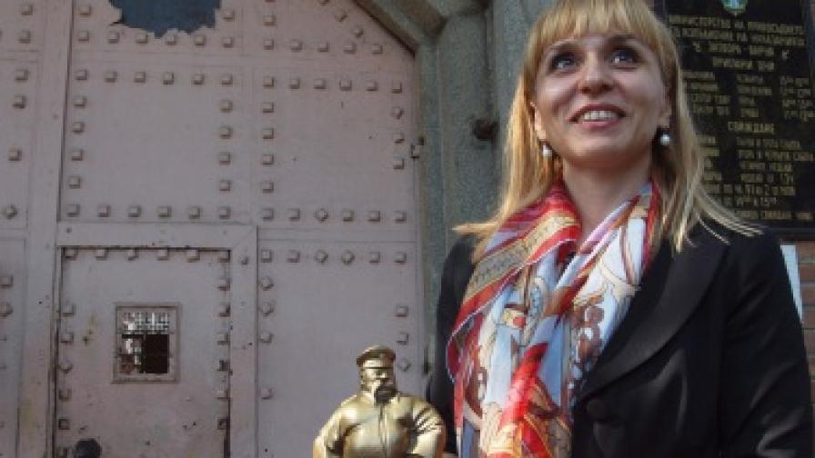 Ковачева изненадващо провери затворите във Варна и Бургас
