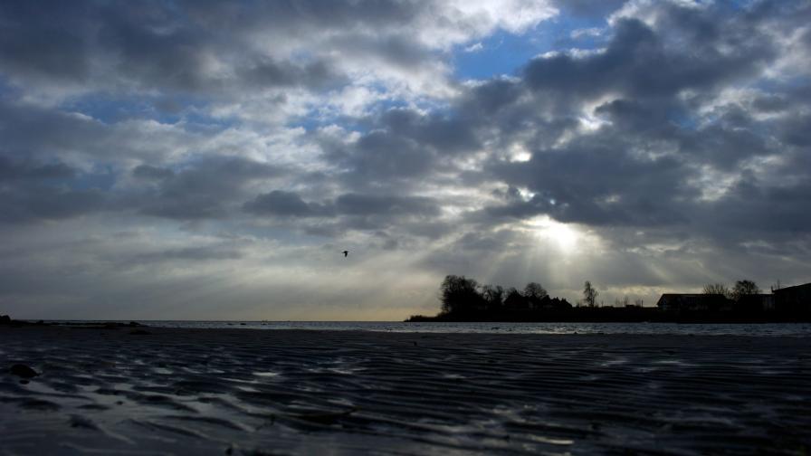 Мъж се удави на плаж в Приморско