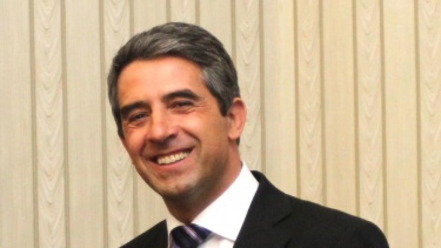 Плевнелиев с писмо до македонския президент