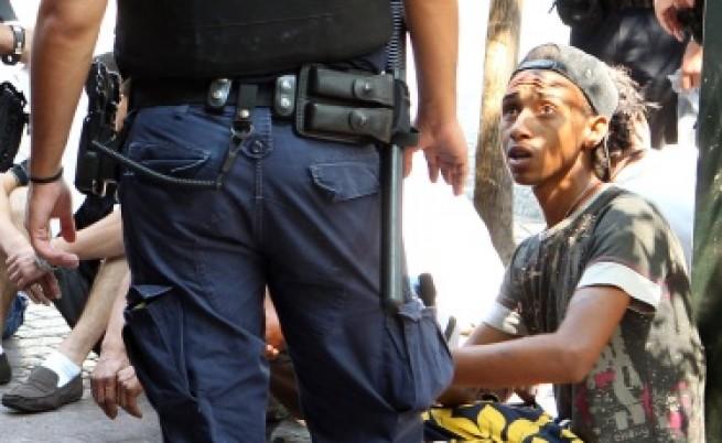 Неонацисти иззели функциите на гръцката полиция